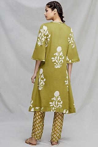 Mehendi Green Embroidered Kurta Set by Myoho