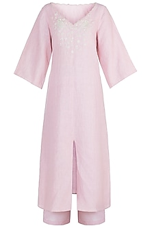 Pink embroidered straight fit tunic by Myoho
