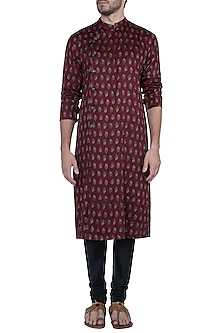 Maroon printed kurta with pants by Mayank Modi