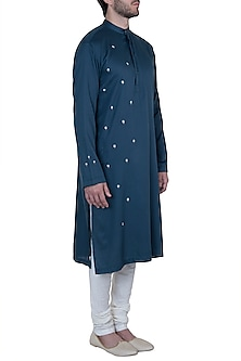 Blue embroidered kurta with pyjama pants by Mayank Modi