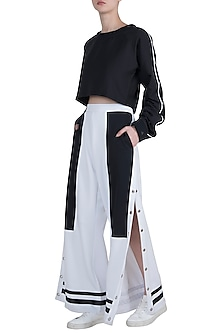 White leg cut statement pants by Myriad