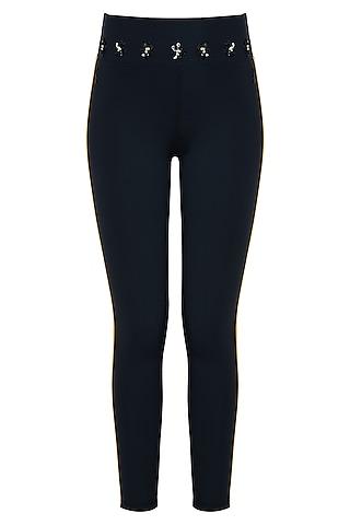 Black leggings pant by Myriad
