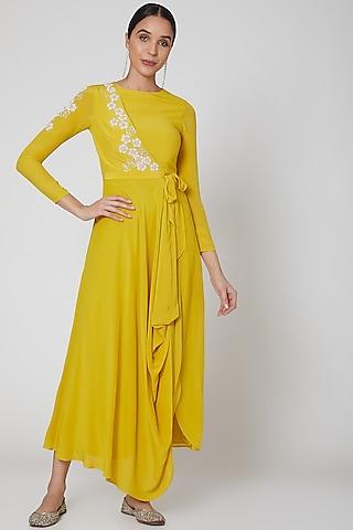 Yellow Embroidered Cowl Kurta Set by Madsam Tinzin