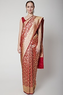 Red Silk Saree Set by NARMADESHWARI