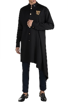 Black Drape Eagle Crest Kurta by Shantanu & Nikhil Men
