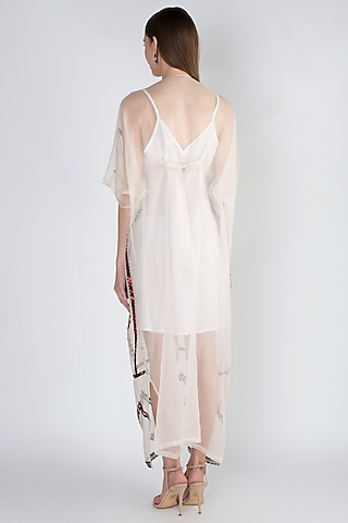 Grey Embroidered Kaftan With Printed Belt by Natasha J