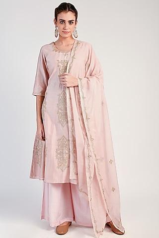 Blush Pink Embroidered Chanderi Kurta Set by Naina Arunima