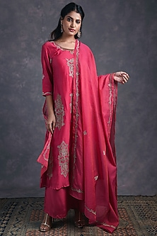 Rose Pink Embroidered Kurta Set by Naina Arunima