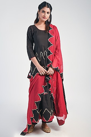 Black & Red Embroidered Anarkali Set by Naina Arunima