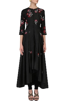 Black Traced Carnations Aysmmetric High Low Kurta by Nachiket Barve