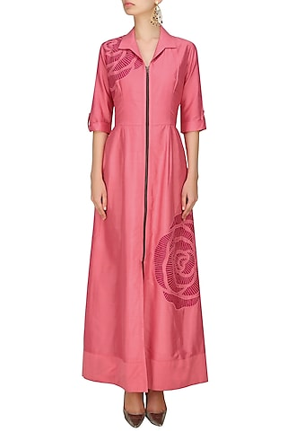 Pink thread embroidered cutwork rose motif long shirt dress by Nachiket Barve
