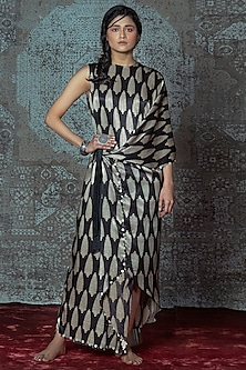 Black & Off White Printed Maxi Dress With Tie-Up by Nidhika Shekhar