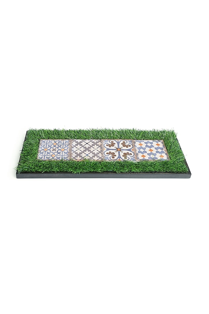 Green, Blue & White Mango Wood Moroccan Platter by HOUSE OF NEEBA