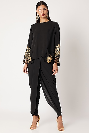 Black Embroidered Short Kurta With Pants by Neeta Lulla