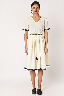 White Embroidered Dress With Printed Belt by Nochee Vida