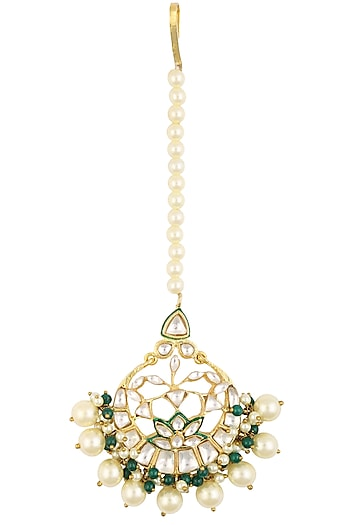 Gold Finish Kundan Stones and Emerald Beads Maang Tikka by Nepra By Neha Goel