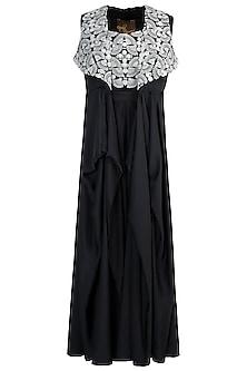 Black embroidered drape jacket set by NEHA VASWANI