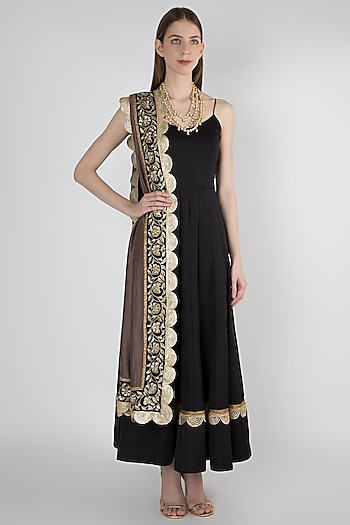 Black Anarkali Kurta With Resin Embroidered Dupatta by Ranian