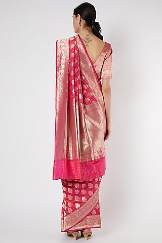 Fuchisa Banarasi Saree Set by Neha & Tarun