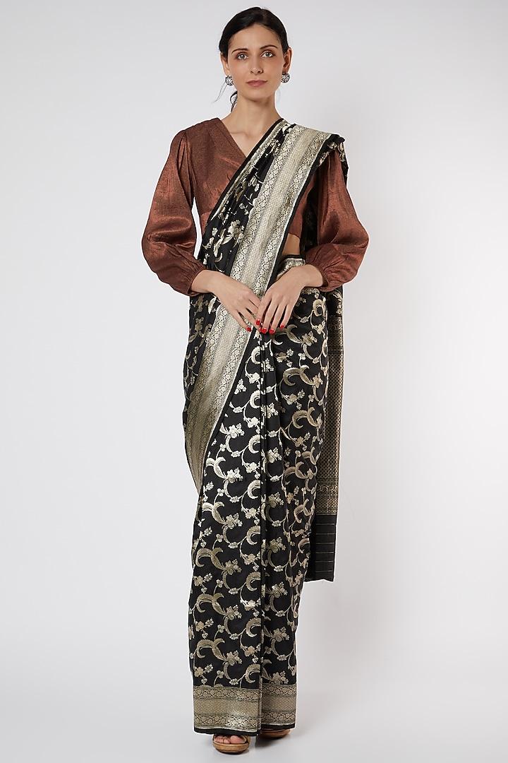 Black Banarasi Saree Set by Neha & Tarun