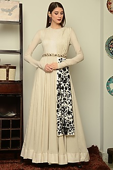 Ivory Embroidered Anarkali With Belt by Neha & Tarun