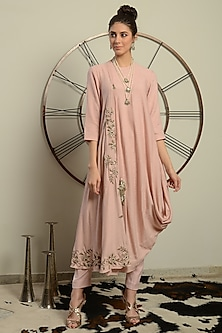 Baby Pink Embroidered Kurta With Pants by Neha & Tarun