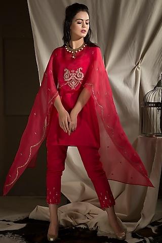 Fuchsia Hand Embroidered Kurta Set by Neha & Tarun
