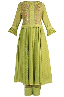 Emerald Green Embroidered Kalidar Kurta With Attached Koti & Pants by NE'CHI