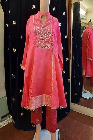 Pink Zardosi Embroidery Kurta Set by Ne'Chi