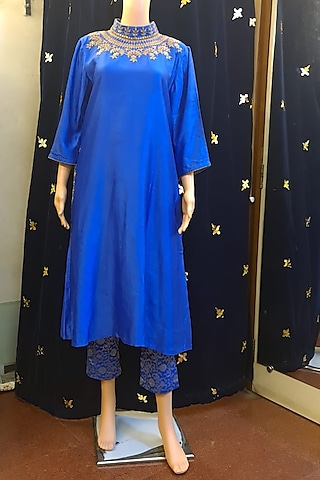 Blue Embroidered Tunic Set by Ne'Chi