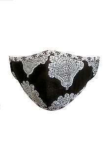 Black & White Printed Mask & Pouch by Nikita Mhaisalkar