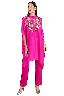 Fuchsia Embroidered Kaftan With Pants by Nineteen89 by Divya Bagri