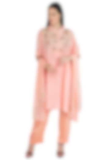 Peach Pink Embroidered Kaftan Kurta Set by Nineteen89 by Divya Bagri