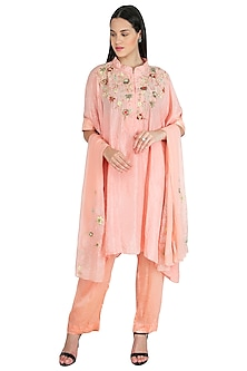 Peach Pink Embroidered Kaftan Kurta Set by Nineteen89 by Divya Bagri