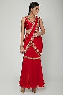 Red Embroidered Pre-Draped Saree Set by NITISHA