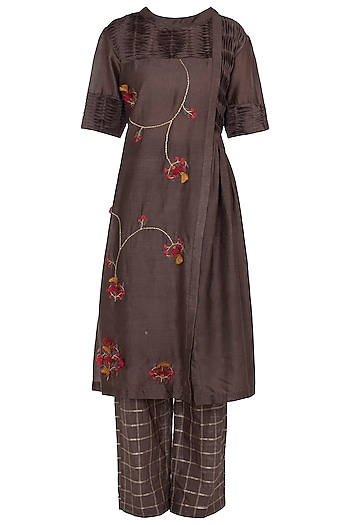 Brown Embroidered Kurta With Trouser by NE'CHI