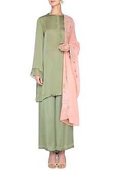 Olive green embroidered kurta set by Nineteen89 by Divya Bagri