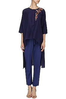 Indigo floral embroidered kurta with straight pants by Nineteen89 by Divya Bagri