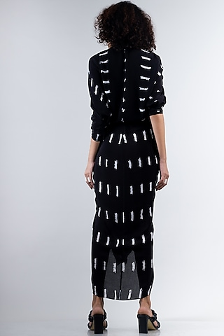 Black  Tied & Dyed Dress With Zipper by Nupur Kanoi