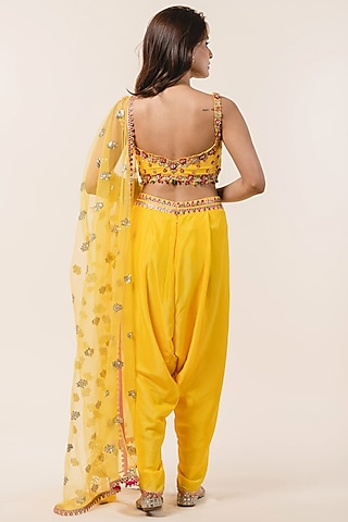 Yellow Embellished Dhoti Set by NITIKA GUJRAL