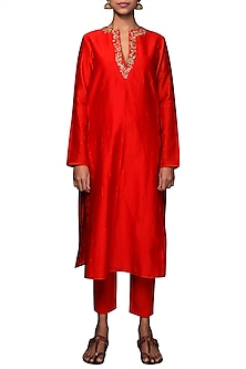 Coral Embroidered Kurta With Cigarette Pants by Nikasha