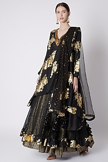 Black Embroidered Lehenga Set by Nikasha