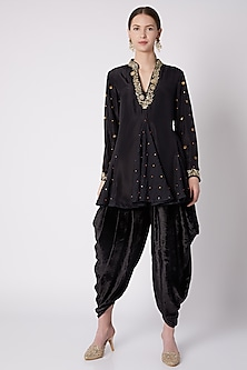 Black Embroidered Kurta With Dhoti by Nikasha