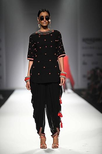 Black Peppercorn Embroidered Backless Kurta with Jodhpuri Pants by Nikasha