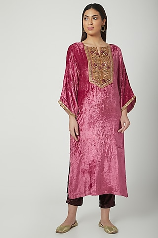 Blush Pink Embroidered Kurta Set by Nida Mahmood