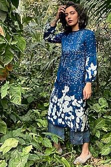 Indigo Blue Printed & Embroidered Kurta by Nida Mahmood