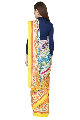 White Digital Printed Saree Set by Nida Mahmood