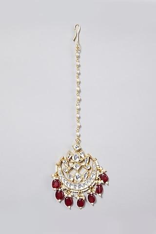 Gold Finish Red Agate Maang Tikka by Namasya