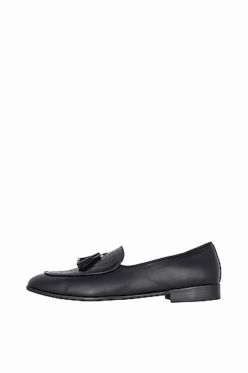 Black Handcrafted Exotic Tassel Loafers by Nopelle