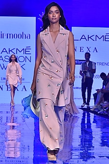 Pink Embroidered Overcoat With Belt by Nirmooha